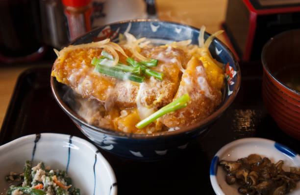 勝 don(Pork cutlet on rice)
