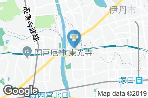 ゴルフ5 尼崎西昆陽店のオムツ替え台情報