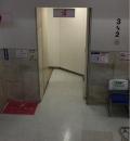 ビックカメラ有楽町店(2階-3階 階段踊り場)の授乳室・オムツ替え台情報