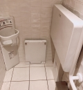 博多バスターミナル(8F 女性トイレ)のオムツ替え台情報