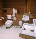 六本木ヒルズ けやき坂通りブリッジレベル2F 多目的トイレ(2F)のオムツ替え台情報
