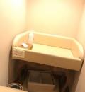 ホテル日航アリビラ金紗沙(1F)の授乳室・オムツ替え台情報