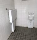 日暮里南公園公衆トイレのオムツ替え台情報