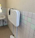 東静岡駅北口公園 公衆トイレのオムツ替え台情報