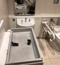 JR新大阪駅北口飲食街内多目的トイレ(3F)のオムツ替え台情報