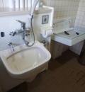 ハンズマン くさみ店(外のトイレ)のオムツ替え台情報