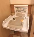 コメダ珈琲店東小金井店(女性用トイレ内)のオムツ替え台情報