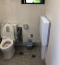 横浜市立金沢動物園ユーラシア休憩所のオムツ替え台情報
