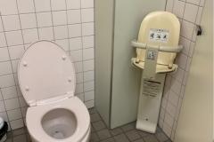 新広駅のオムツ替え台情報