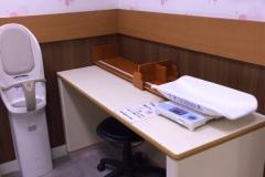 イオン小山店(2階 赤ちゃん休憩室)の授乳室・オムツ替え台情報