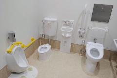 まちなか休憩所『八王子宿』(1F)の授乳室・オムツ替え台情報