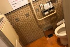 白壽会 安本病院(1F)のオムツ替え台情報