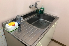 ホームセンターコーナン 松山三津浜店(屋外のトイレ横)の授乳室・オムツ替え台情報