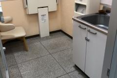バースデイ中畝店の授乳室・オムツ替え台情報