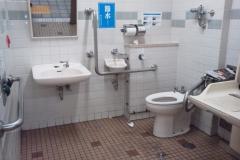 高島平駅(改札内)(1F 多目的トイレ)のオムツ替え台情報