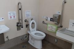 荒川公園(荒川区保健所(ガン予防、健康づくりセンター前))のオムツ替え台情報