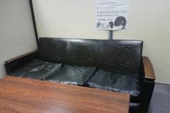豊中市立岡町図書館(授乳室は3階、おむつ台は1階)の授乳室・オムツ替え台情報