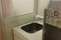三井アウトレットパーク 横浜ベイサイド(マリンセントラル2F)の授乳室・オムツ替え台情報