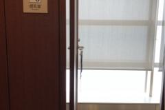 東京女子医科大学病院総合外来センター(4F)のオムツ替え台情報