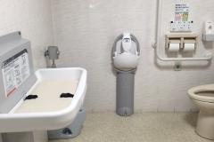 ヤマダ電機 テックランド札幌南川沿店(1F)のオムツ替え台情報