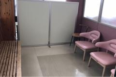 西口売店内休憩所(1F)の授乳室・オムツ替え台情報