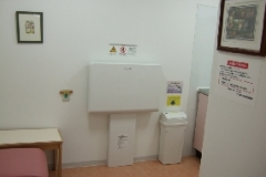 さいたま市立 武蔵浦和図書館(2F)の授乳室・オムツ替え台情報