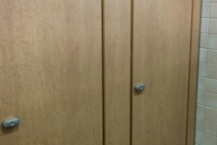 吹田市立千里山・佐井寺図書館(1F)のオムツ替え台情報