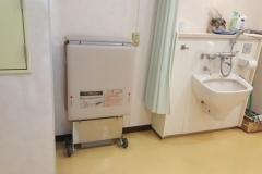 東日暮里ふれあい館(1F 多機能トイレ)の授乳室・オムツ替え台情報
