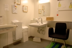 イケア(IKEA)港北(1F)の授乳室・オムツ替え台情報