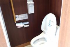 椿大神社椿会館(1F)のオムツ替え台情報