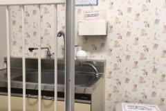 大阪警察病院(2F)の授乳室・オムツ替え台情報
