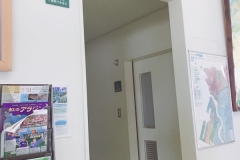 ゆりの里公園 ユリーム春江(1F)のオムツ替え台情報