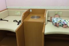 佐野サービスエリア 下り(軽食・休憩所内の奥)の授乳室・オムツ替え台情報
