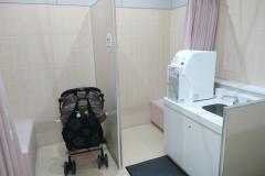 ヨシヅヤ 豊山テラス(1F 女性トイレ内)の授乳室・オムツ替え台情報