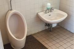 新宿御苑(1F レストランゆりのき)の授乳室・オムツ替え台情報