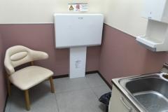 バースデイコモタウン店(1F)の授乳室・オムツ替え台情報