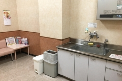 イズミヤ 千里丘店(2F)の授乳室・オムツ替え台情報