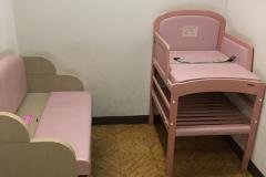 草加市立中央図書館(4F)の授乳室・オムツ替え台情報