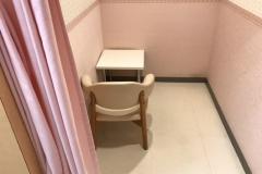 フジフジグラン西条(1F)の授乳室・オムツ替え台情報