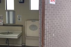 福島県営あづま総合運動公園大駐車場のオムツ替え台情報