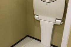 ジョイス三関店(1F)のオムツ替え台情報