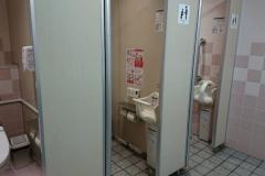 コジマ×ビックカメラ福島店(1F)のオムツ替え台情報
