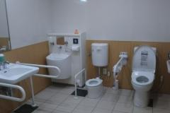 ケーズデンキ 越谷店(2階 授乳室・多機能トイレ)の授乳室・オムツ替え台情報