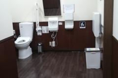 リボンとりで(3階 みんなのトイレ)のオムツ替え台情報