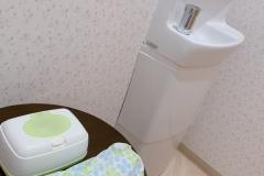滝口皮フ科(1F)の授乳室・オムツ替え台情報