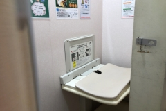 ビックカメラ池袋本店(8F)の授乳室・オムツ替え台情報