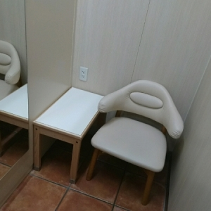 個室の授乳室です。
