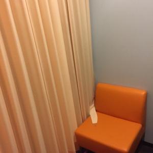 キッズスポッチャの一角をカーテンで区切っています