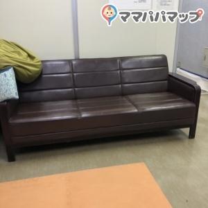 ソファーもあります