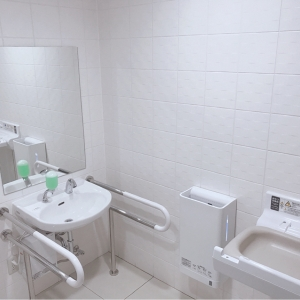ギフトプラザ仙台南店(1F)の授乳室・オムツ替え台情報 画像1
